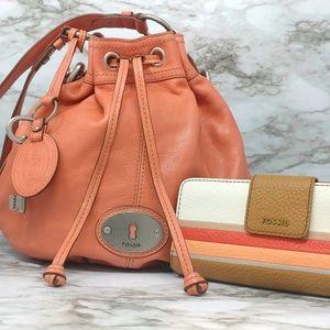 FOSSIl-Hobo/Bucket Salmon Leather Handbag w/Wallet